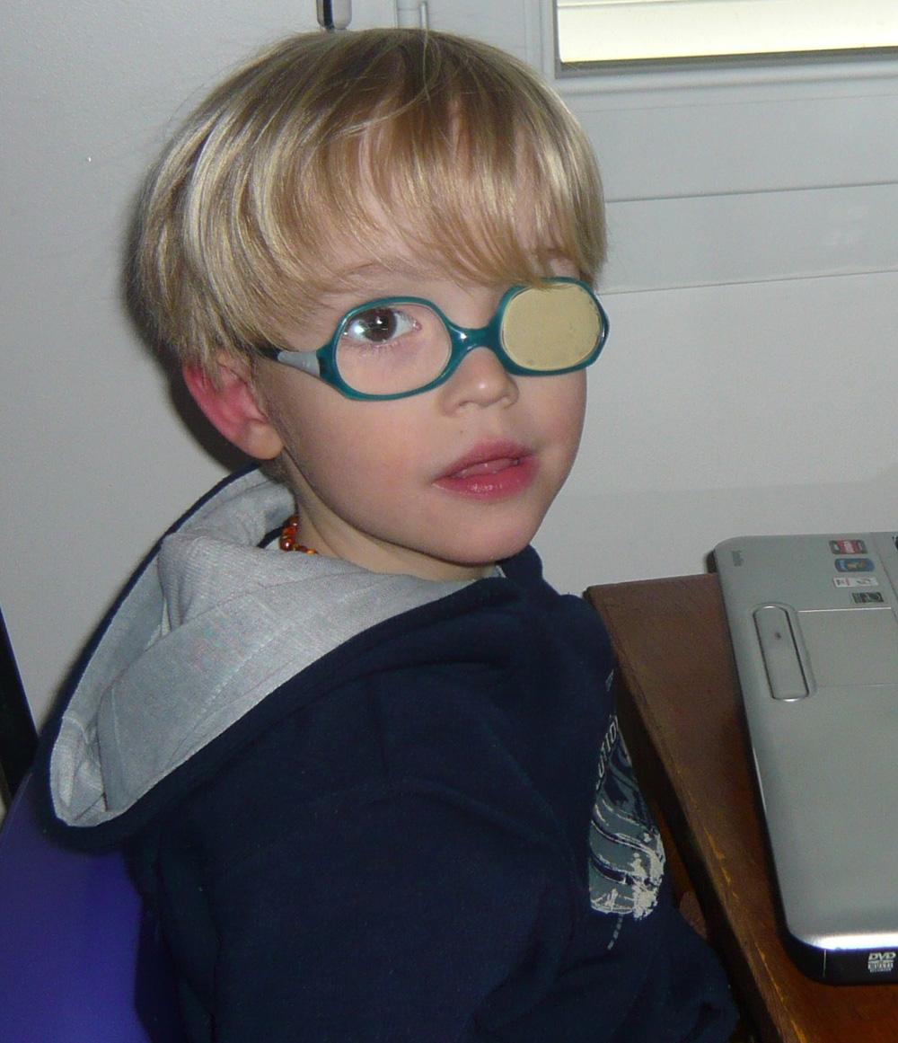 Elias est atteint du syndrome d'Asperger