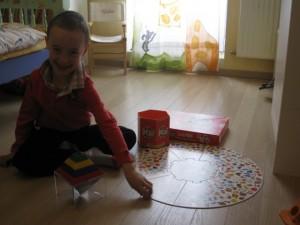 Le jeu du Lynx avec un enfant handicapé