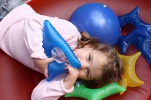 Enfant atteint du syndrome d'Angelman