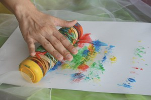 S'amuser et peindre pour des enfants handicapés