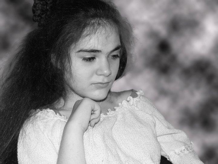 Mélanie est une jeune fille atteinte du syndrome de Rett