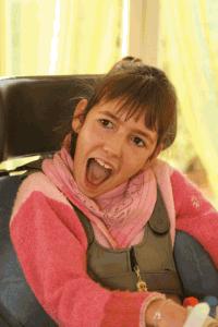 Morgane est une enfant polyhandicapée