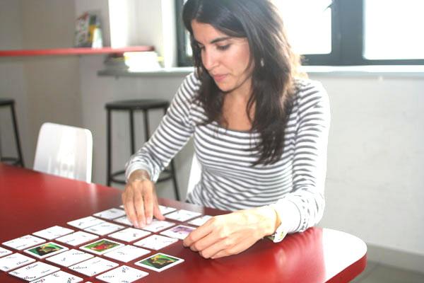 Jeux de cartes pour travailler la mémoire