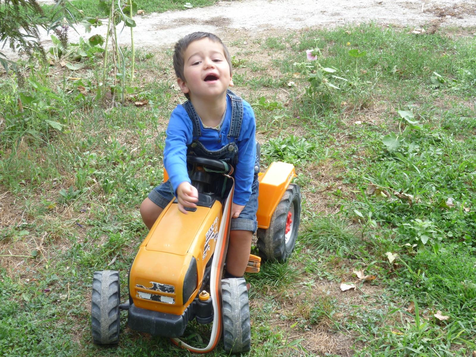 Soren est un petit garçon atteint de handicap