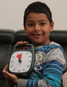 Bryan, le Time Timer Plus dans les mains