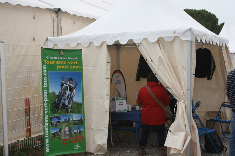 Stand Moto à 3 roues