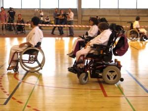 Démonstration de Karaté en fauteuil roulant