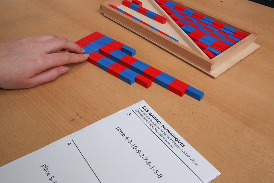 barres rouges et bleu montessori mathématiques