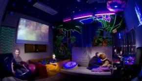 Salle multi sensorielle dans le noir