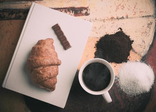 croissant et chocolat