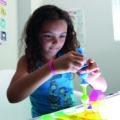 Un jeu adapté aux enfants dyspraxiques : Squigz.