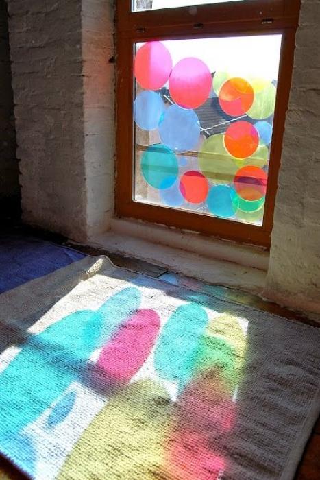 Jouer avec les couleurs pour le sens visuel
