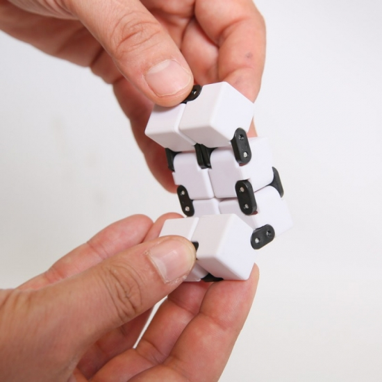 Fidget cube infini