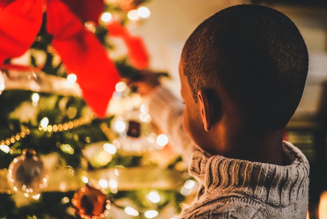 Faire croire au Père Noël : pour ou contre ?