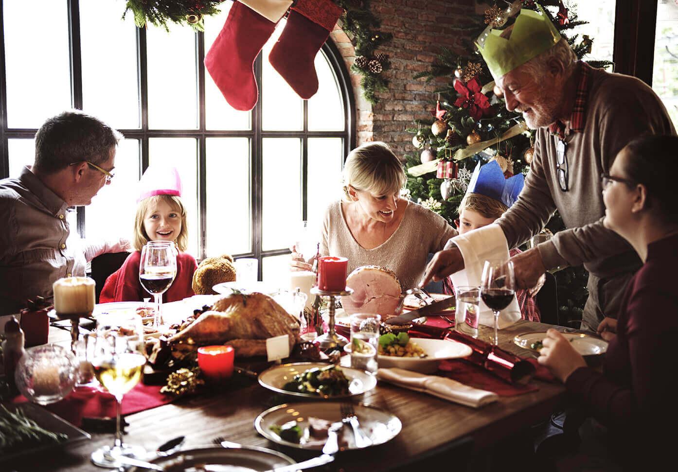 Comment affronter les remarques des proches lors des fêtes de Noël ?