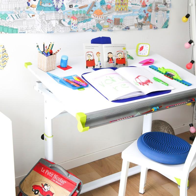 Un bureau ergonomique réglable en hauteur
