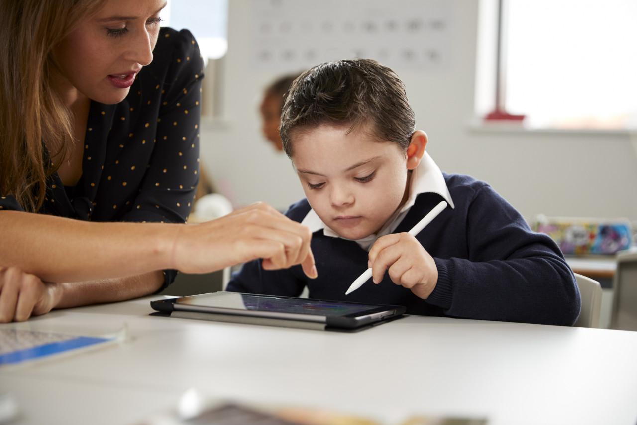 Le langage et la communication d el'enfant porteur d'handicap