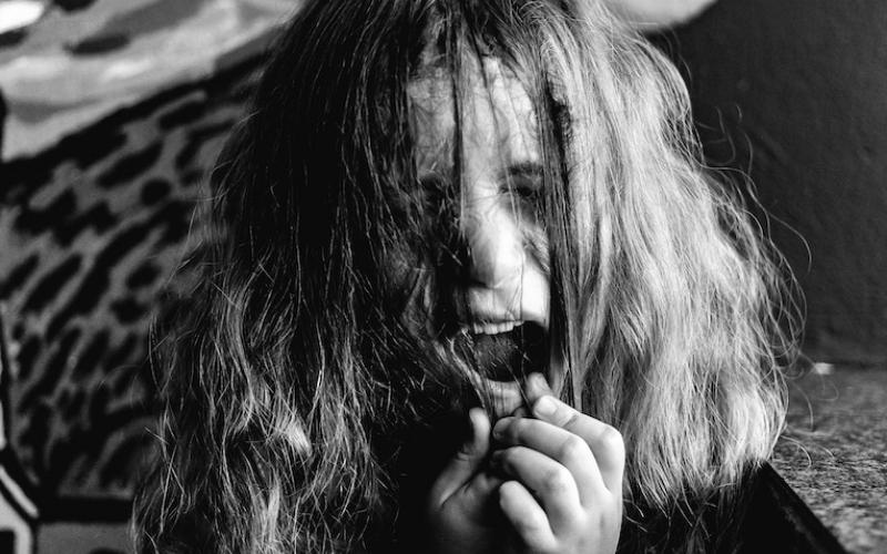 Autisme et tirage de cheveux