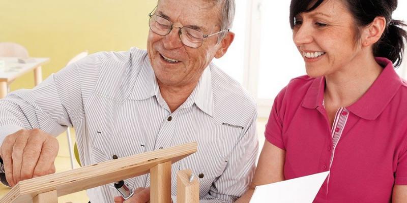Des jeux de construction pour les personnes avec Alzheimer