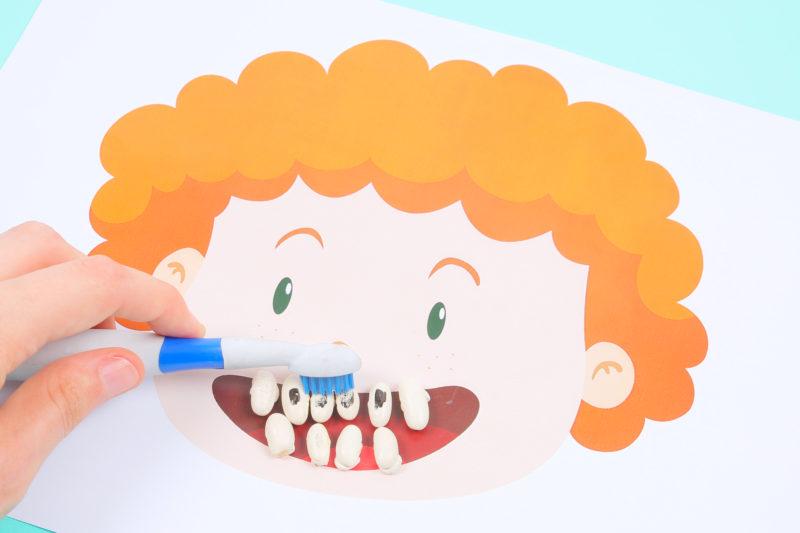 "Infographie ""J'apprends à bien me brosser les dents"""