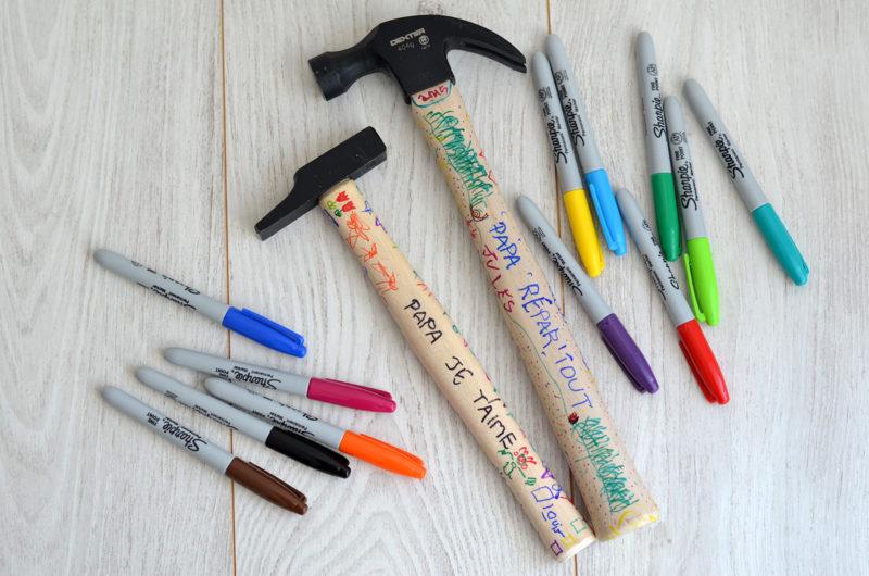 Fête des pères : cadeau DIY marteau tout en couleur