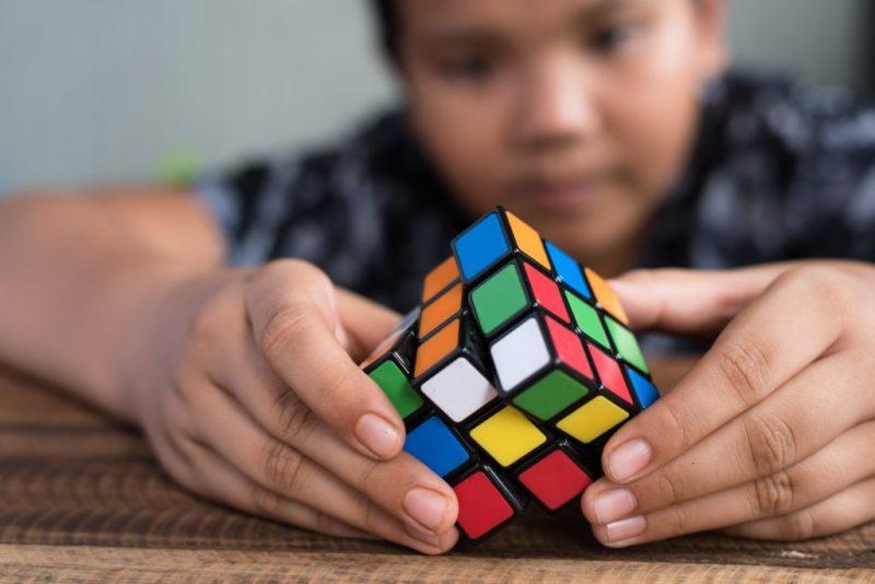 resoudre_rubiks_cube