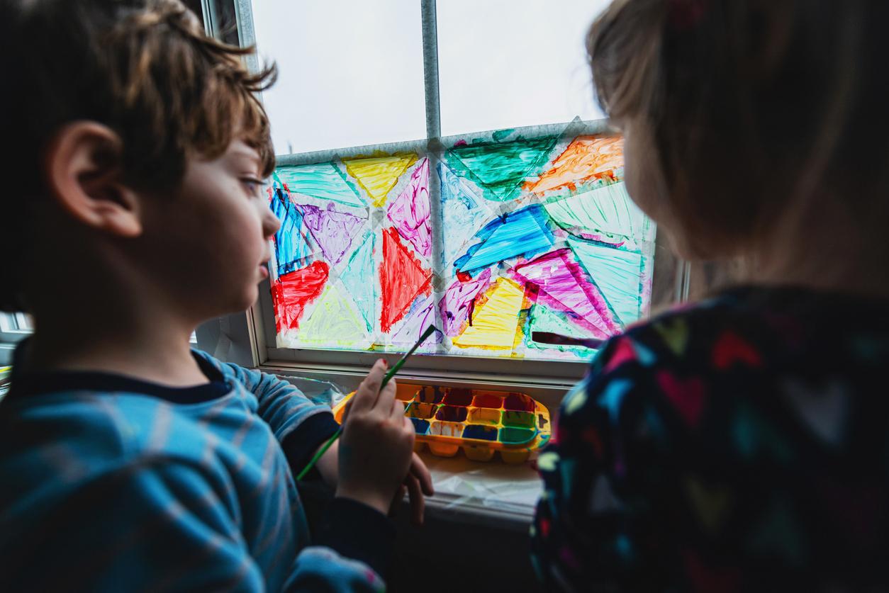 Activités créatives : peinture sur fenêtre