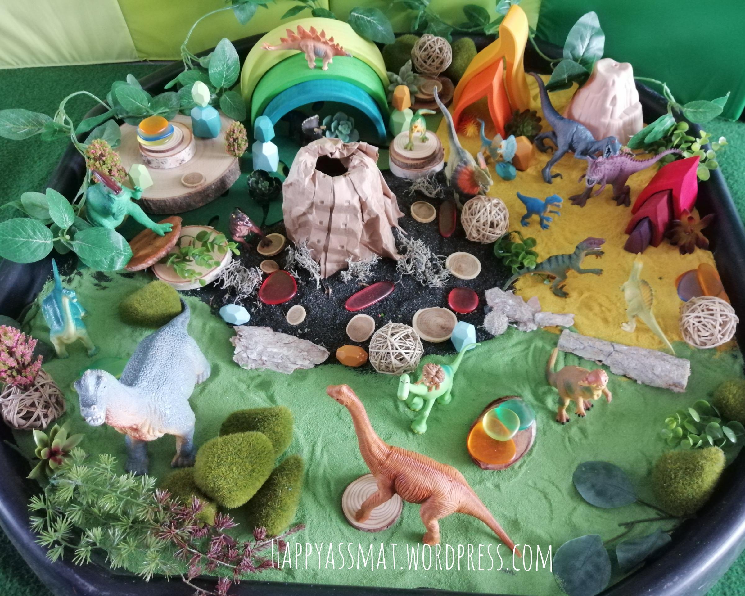 Minimonde dinosaures bac exploration